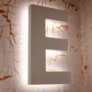 Fasadeskilt med lys